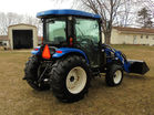 New Holland tractor pic 5