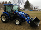New Holland tractor pic 6