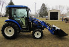 New Holland tractor pic 7