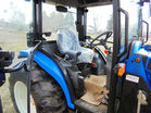 New Holland tractor pic 9