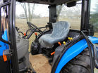 New Holland tractor pic 10