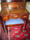 Mahog dressing table