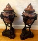 Pr. decorative marble urns