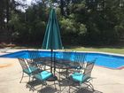 Large oval patio table w/ 6 chairs