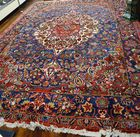 Lot 237: Bachtiati oriental rug