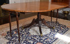 455.Baker round dining table with leaves