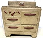 Lot# 162 - Pretty Maid Oven
