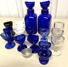 Lot# 431 - Lot of 18 Eye Wash Cups and 2